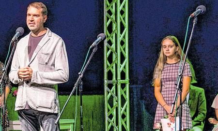 Delnička gimnazijalka na Recitalu kajkavske poezije
